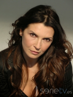 Maria Pia Calzone - actriz de series - maria-pia-calzone-G